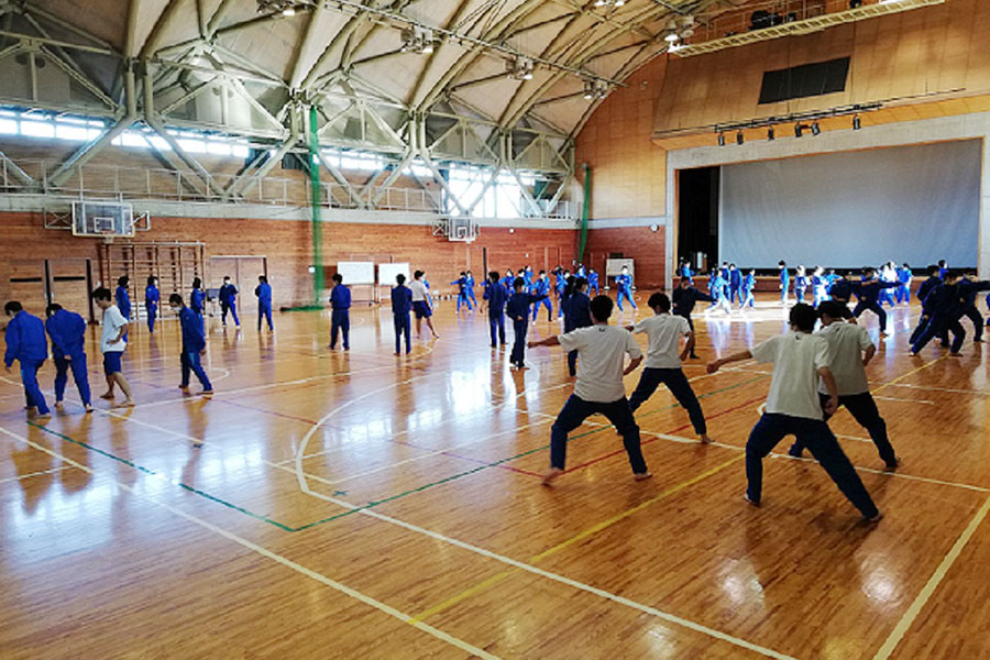 長野県・小布施中学校で空手道の授業を実施