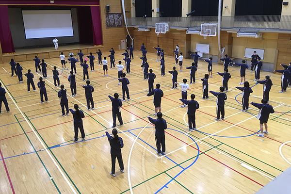 写真:志村第三中学校 空手道体験授業の模様3