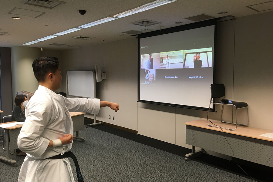 Read more about the article Let's try KARATE ~体験!TIEC道場~を実施